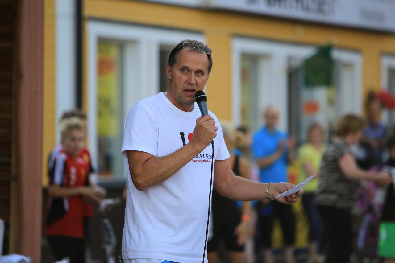 Göthe Hammarström var kvällens konferencier och prisutdelare. Foto: Morgan Grip