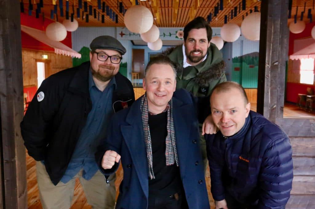 Log-Rocken flyttar till Storön och åker ut på turné