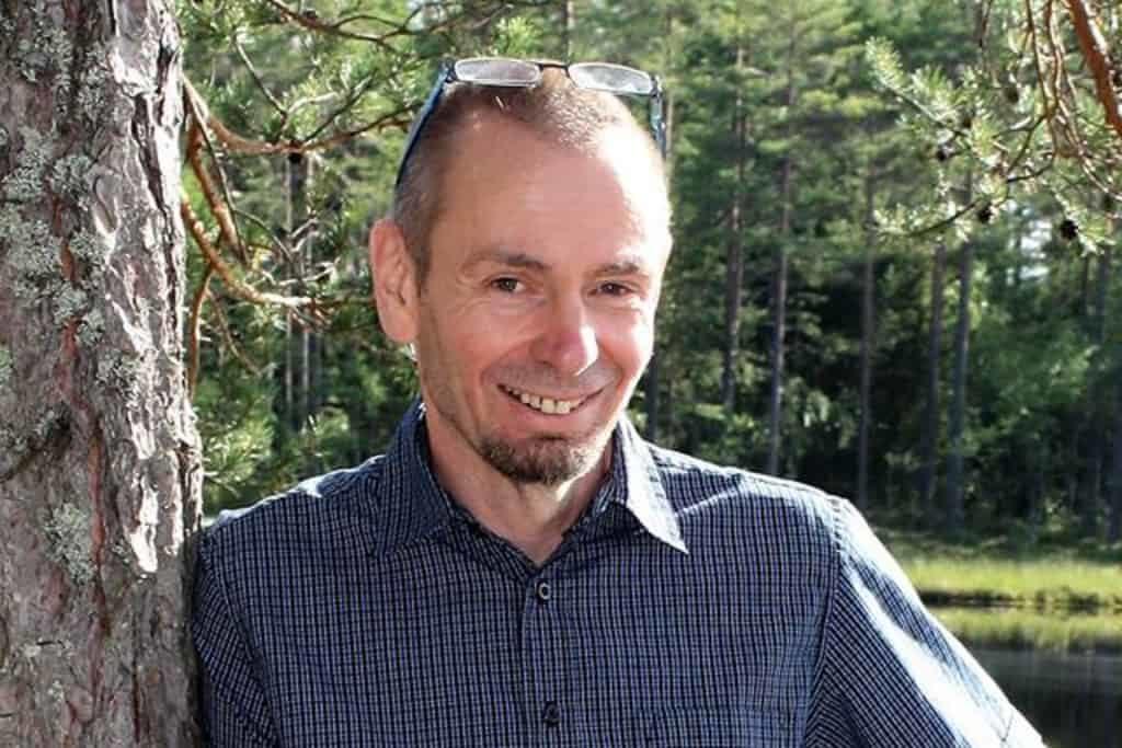 Micael Lindberg släpper ny deckare i Svegsmiljö. Foto: Carina Wallstén