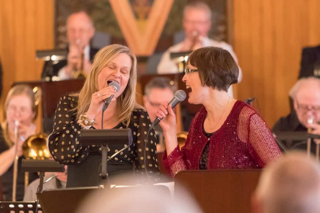Karin johansson och Eva Regnander. Foto: Morgan Grip