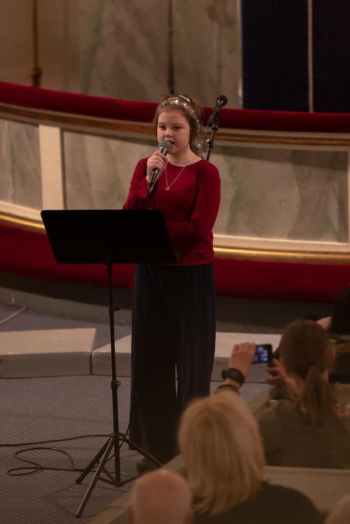 Solosång av Sofia Bengtsson. Foto: Morgan Grip