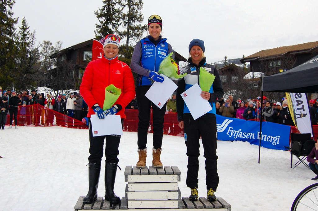 1) Ebba Andersson, Sollefteå Skidor IF 1:15:02. 2) Astrid Øyre Slind, Oppdal IL / Team Koteng 1:16:16. 3) Ida Ingemarsdotter, Åsarna IK 1:19:18. Foto: Pilgrimsloppet