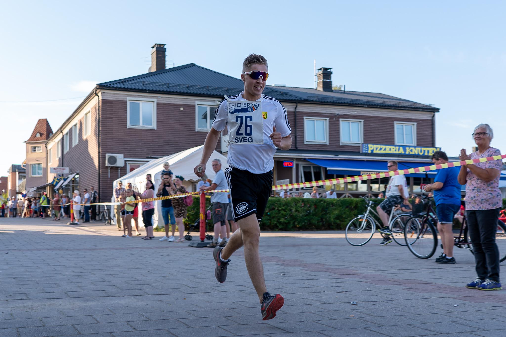 William Woxlin sprang sista sträckan för segrande Svegs IK Fotboll A-lag. Foto: Morgan Grip