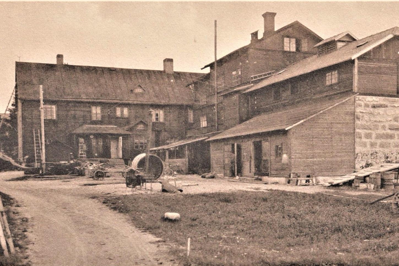 En återblick på Svegs Ångbryggeri och Carl Walléns läskedrycksfabrik