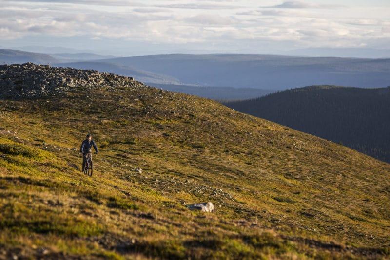 Spaden i marken för Lofsdalen Fjällpark MTB – miljonsatsningen på cykling i Lofsdalen