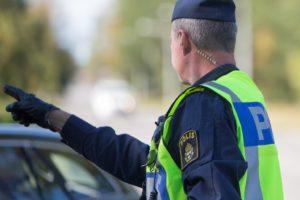Körde bil utan körkort
