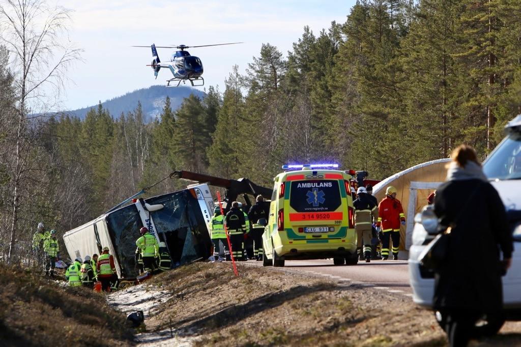 Tre omkomna efter bussolycka på E45. Foto: Morgan Grip