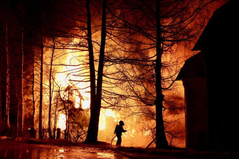 En brand bröt ut vid 03-tiden i centrala Sveg natten mot torsdag. Foto: Morgan Grip