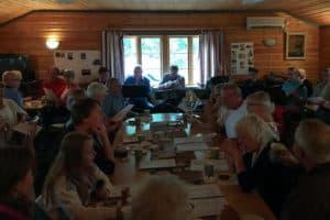 Välbesökt musikcafé när ukulelegruppen gästade Äggen