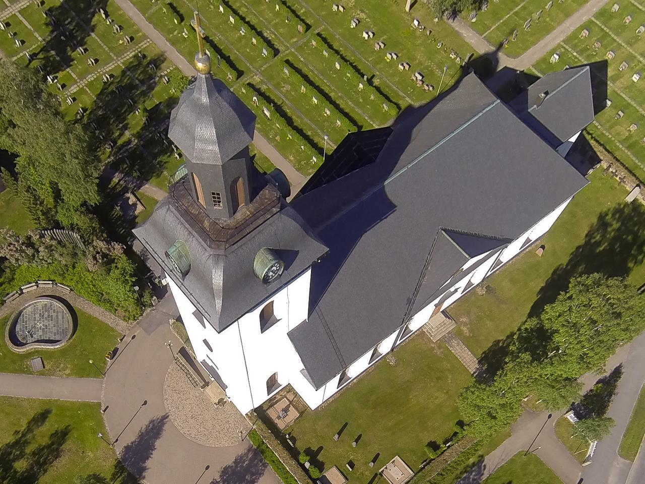 Nu skall Svegs kyrka få nytt tak